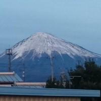 いつもと違う富士山 CA2bDErU8AAkvpM
